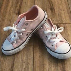 Girl's Converse size 13